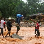 Papa reza pelas vítimas de calamidades naturais: 300 mortos em Serra Leoa