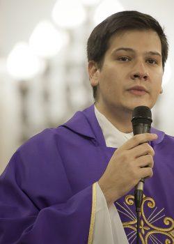 Pe. Mateus